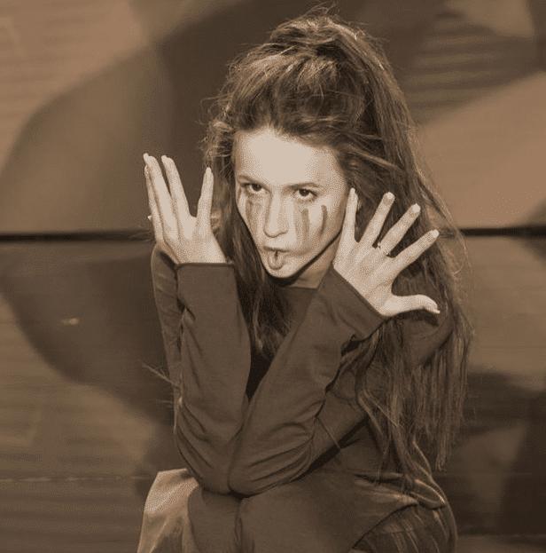 """Kontrowersyjny występ Roksany Węgiel w """"Dance Dance Dance"""". Widzowie byli w szoku! (VIDEO)"""