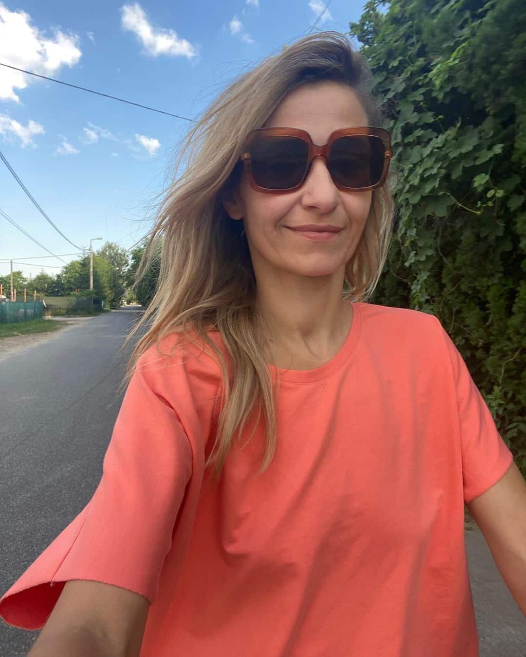 Ale akcja! Joanna Koroniewska rozpoczyna krucjatę przeciwko stanikom!